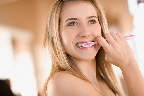 Đánh răng nhiều lần