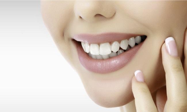 Làm trắng răng bằng laser bao nhiêu tiền