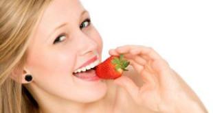 Ăn dâu tây làm trắng răng – Bạn sẽ thấy hiệu quả bất ngờ chỉ sau 1 thời gian ngắn