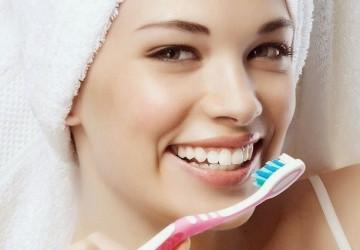 5 Sai lầm khi sử dụng những cách làm trắng răng tại nhà
