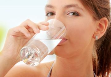 Đánh răng thường xuyên nhưng không sạch